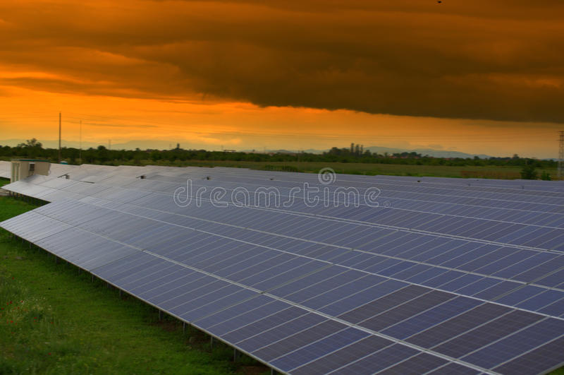 Solarpark lizenzfreies stockbild