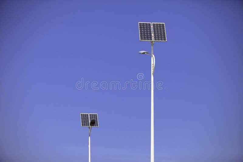 Solarstraßenlaternen lizenzfreies stockfoto