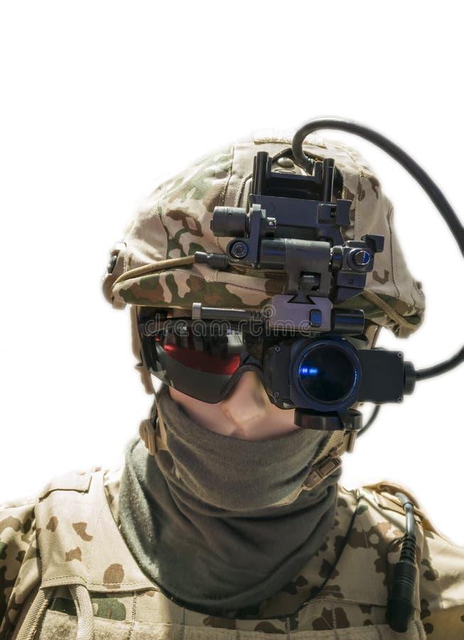 Soldado con el engranaje óptico montado cabeza fotografía de archivo libre de regalías