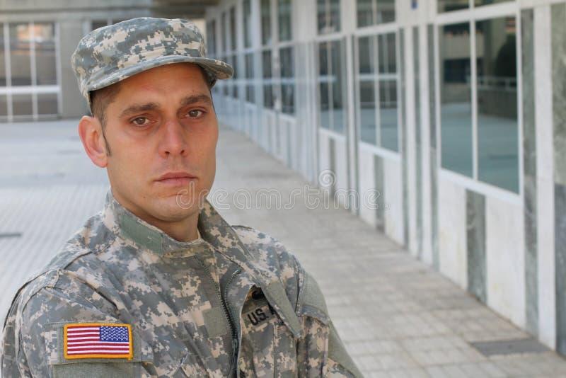 Soldado de mirada malsano con PTSD fotos de archivo