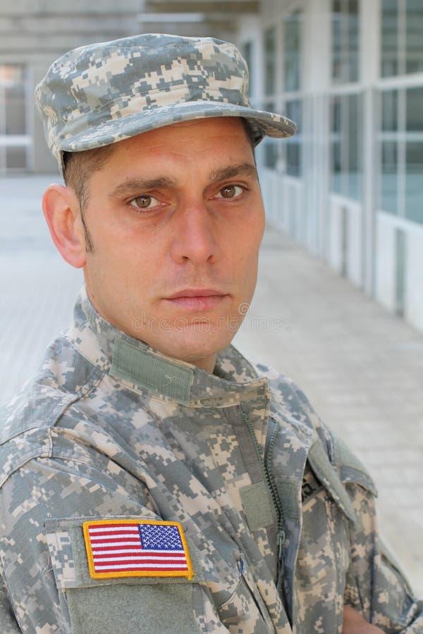 Soldado de mirada malsano con PTSD imágenes de archivo libres de regalías