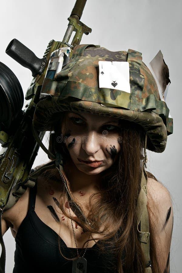 Soldado de sexo femenino fotografía de archivo libre de regalías