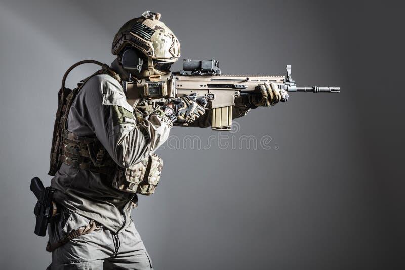 Soldado do exército de forças de operações especiais fotos de stock