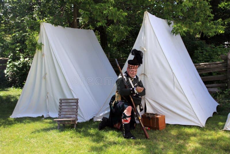 Soldado en el campo fotografía de archivo libre de regalías