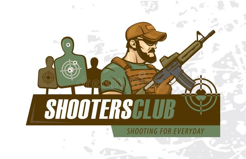 Soldado sostiene un rifle de asalto Logo del club deportivo de la fuerza especial de tiro táctico ilustración del vector