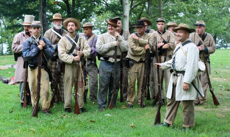 Soldados do Reenactment da guerra civil dos E.U. perto de Chattanooga fotos de stock