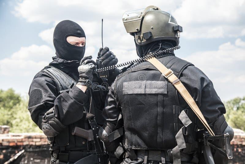Soldados dos ops das especs. foto de stock