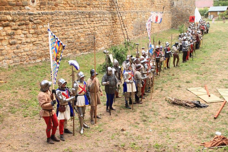 Soldados medievais na Batalha de Budyne imagem de stock royalty free