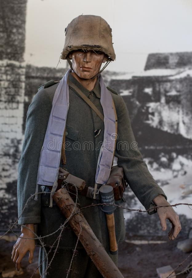 Soldat de forces terrestres de l'Allemagne dans la bataille images stock
