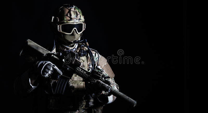 Soldat der besonderen Kräfte stockfotos