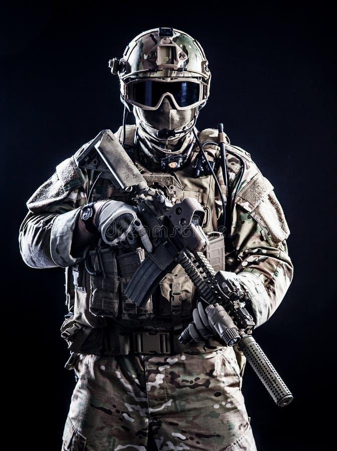 Soldat der besonderen Kräfte stockfotografie
