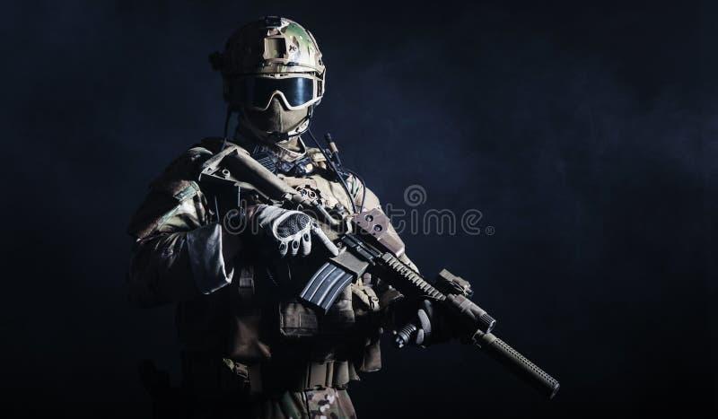 Soldat der besonderen Kräfte lizenzfreies stockbild