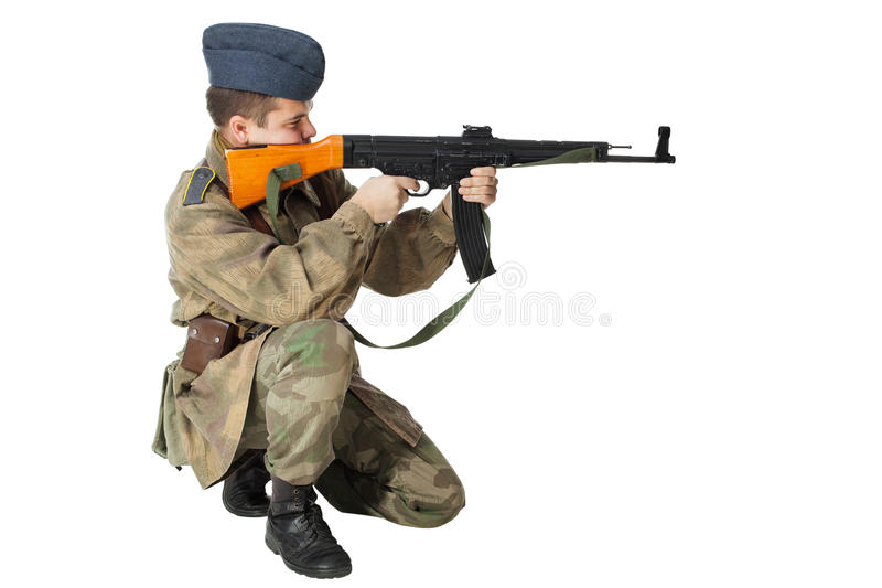 Soldat med submachinevapnet royaltyfri bild