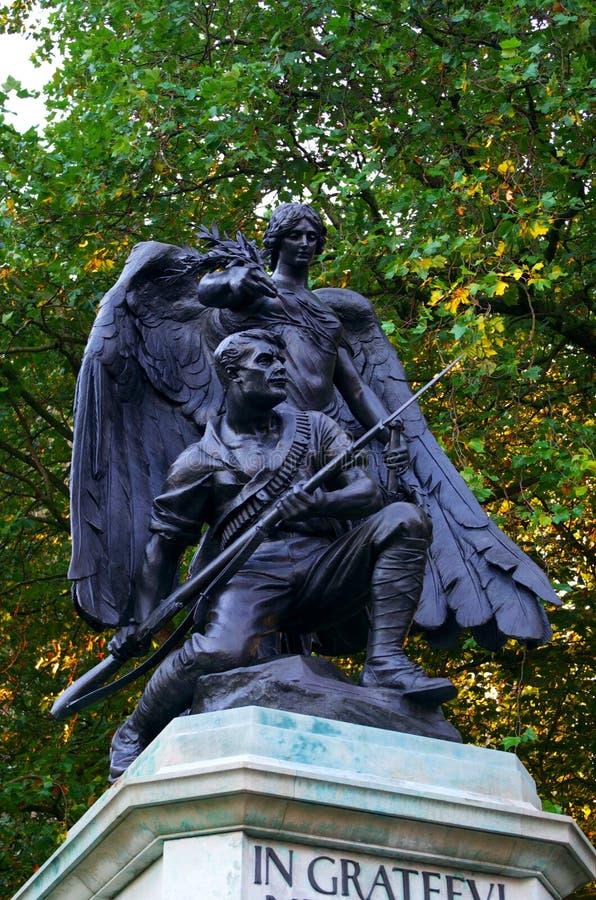 Soldat och ängel - Worcester domkyrka royaltyfria bilder