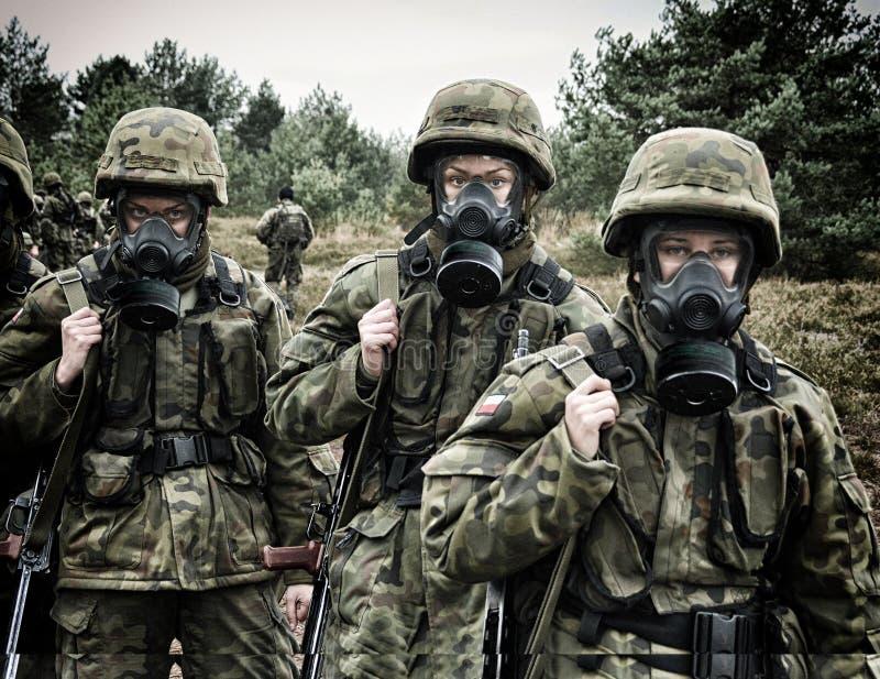 Soldat polonais pendant la formation sur la base de formation photo libre de droits