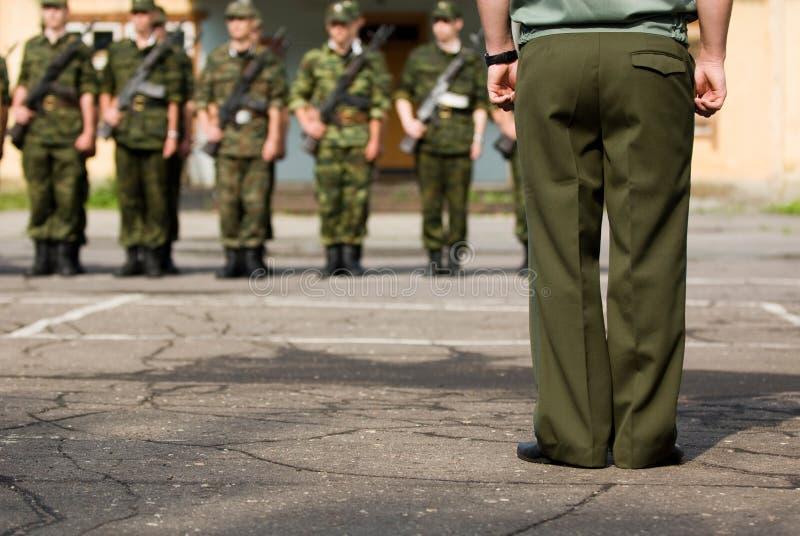Soldaten vor Parade stockbild