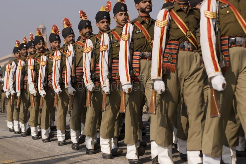 Soldati Colourful sulla parata fotografia stock