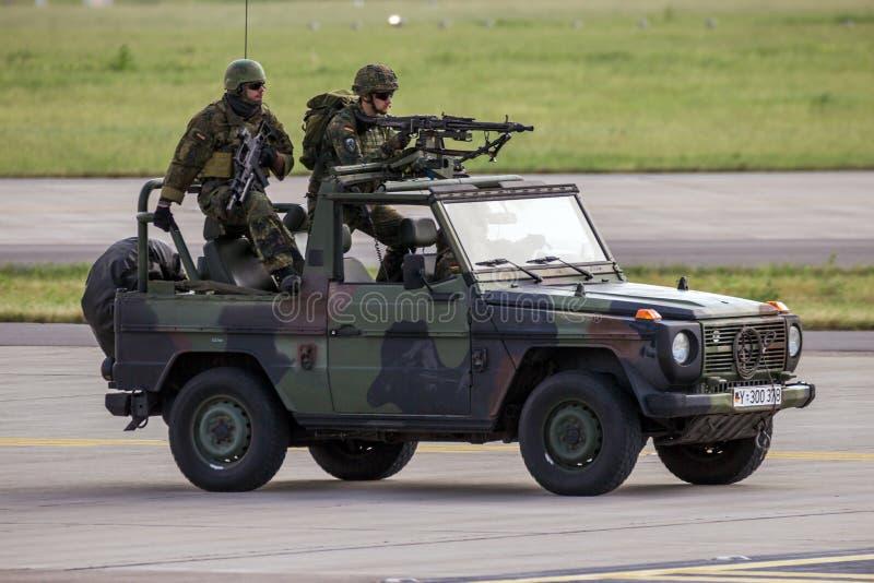 Soldati delle forze speciali dell'esercito tedesco immagini stock