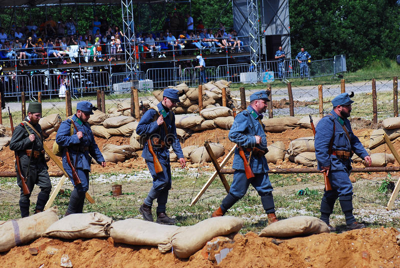 Soldati in marcia fotografia stock