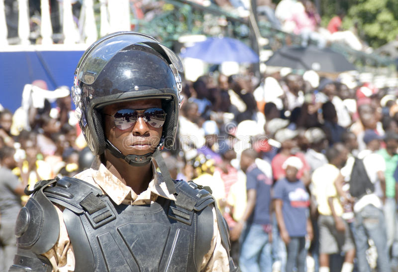 Soldato di Anti-tumulto in servizio immagini stock