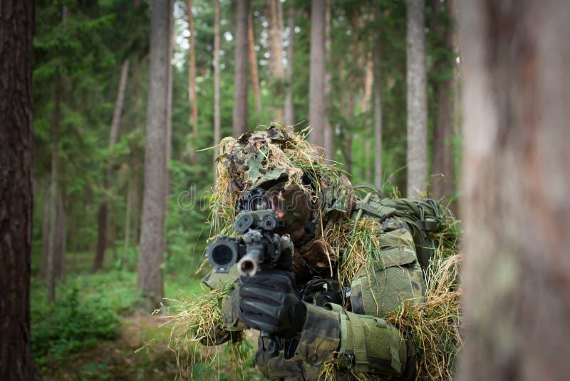 Soldato mascherato immagini stock