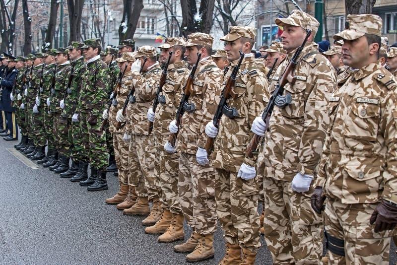 Soldats dans la formation image stock