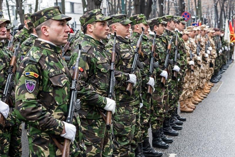 Soldats dans la formation photographie stock libre de droits
