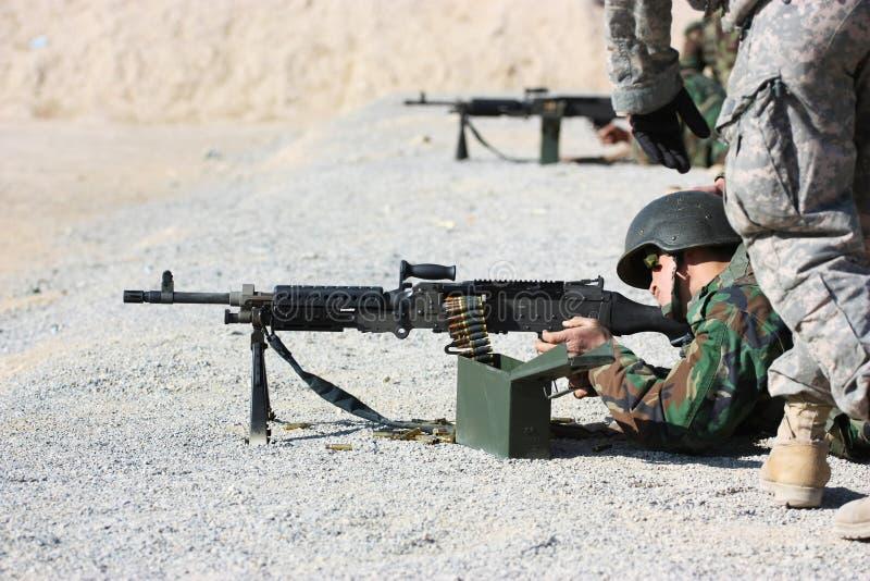 Soldatschießen stockfotos
