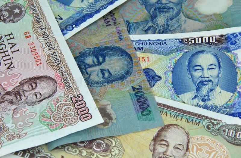 Soldi delle note del dong di valuta del Vietnam piccoli immagine stock