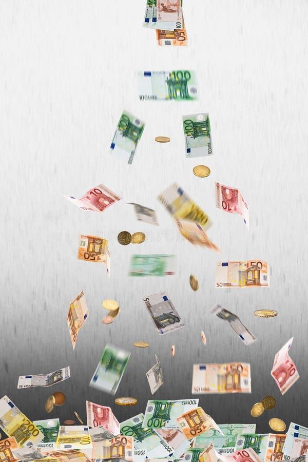 Soldi euro di caduta fotografie stock