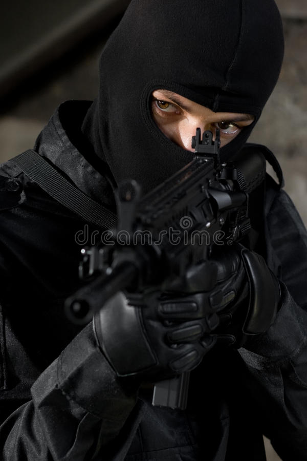 Free Soldier Targeting With A M-4 Gun Royalty Free Stock Photography - 15316947