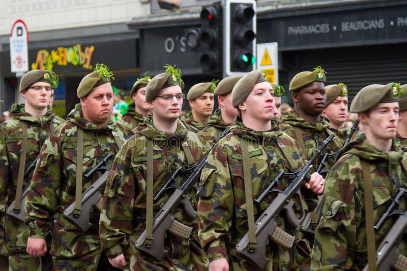 Download Soldiers In A Parade For St. Patrick's Day Editorial Stock Image - Image: 23917699