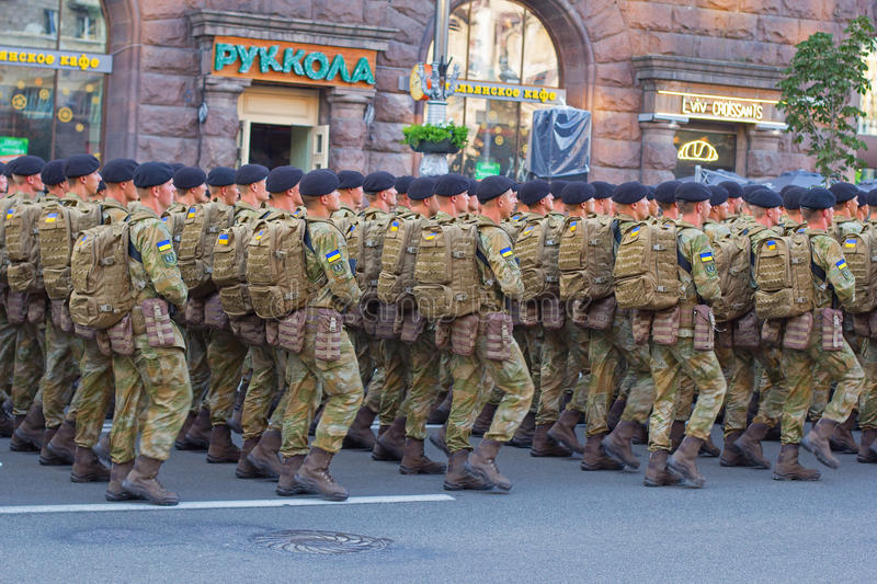 Soldiers preparing for parade. Kiev, Ukraine - 19 August, 2016: Infantry soldiers preparing for parade at Kreschatyk street which will take place on the 24-rd of stock photography