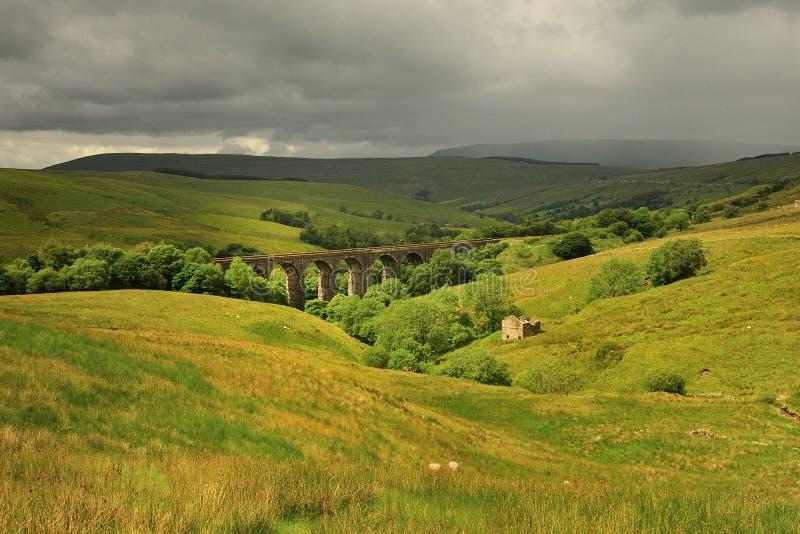 Sole e pioggia, Yorkshire fotografia stock libera da diritti