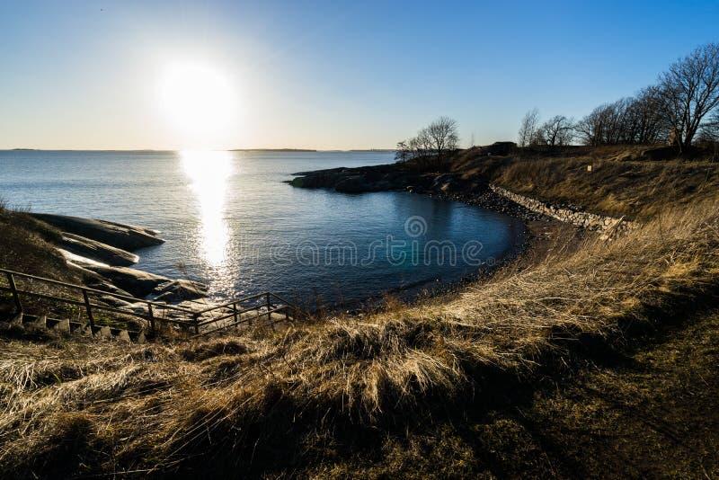 Sole luminoso in Suomenlinna fotografia stock