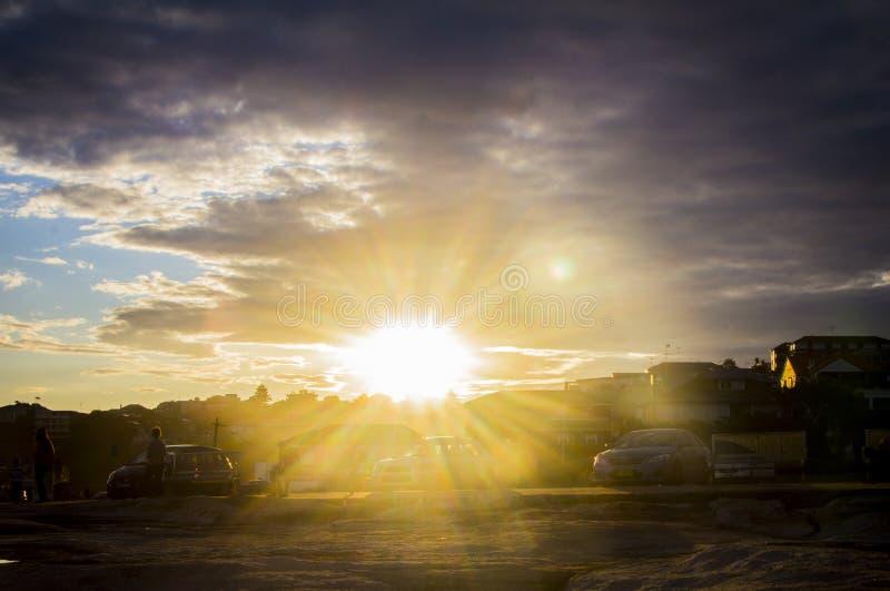 Soleil dans la promenade de côte de Sydney de Bondi à Coogee images libres de droits