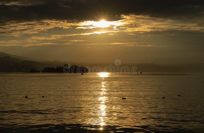 Soleil dans Rapperswil ch photographie stock libre de droits