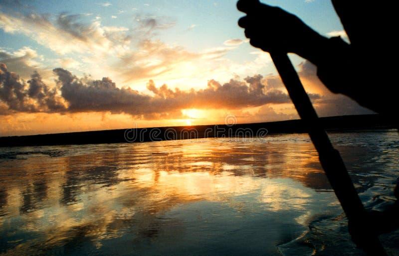 Soleil Levant sur le troncoso photographie stock