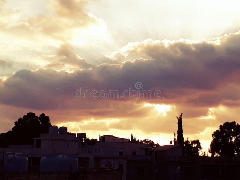 Solen rays kamper royaltyfri fotografi
