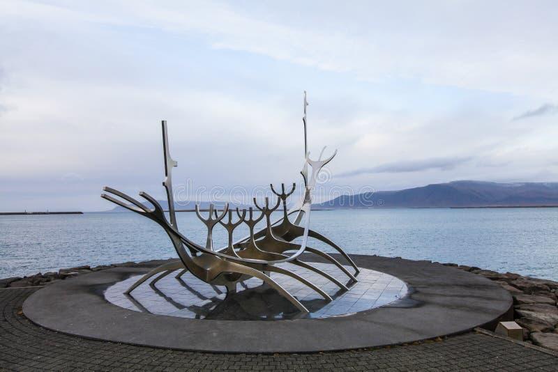 Solfar, Sun-Reisende sculpter in Reykjavik in Island stockfotos