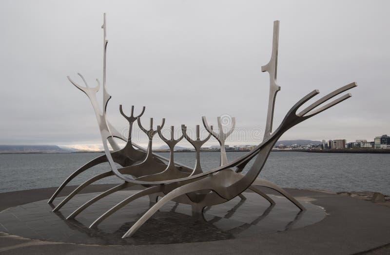 Solfar - Sun-Reisende - Skulptur von Rejkjavik lizenzfreies stockbild
