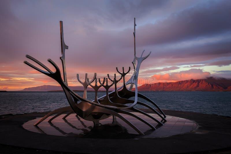 Solfar The Sun resande, Reykjavik Island royaltyfri foto