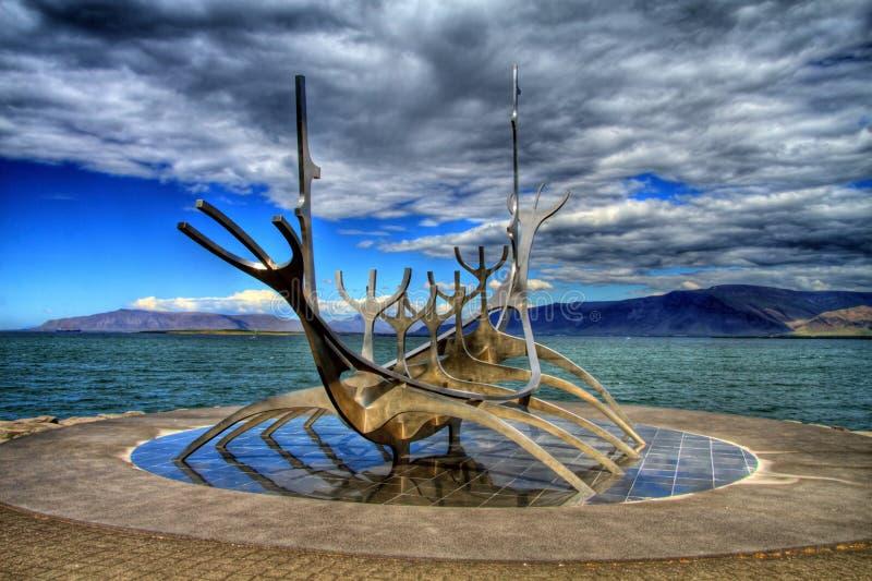 Solfar Suncraft在HDR的雷克雅未克,冰岛 免版税图库摄影