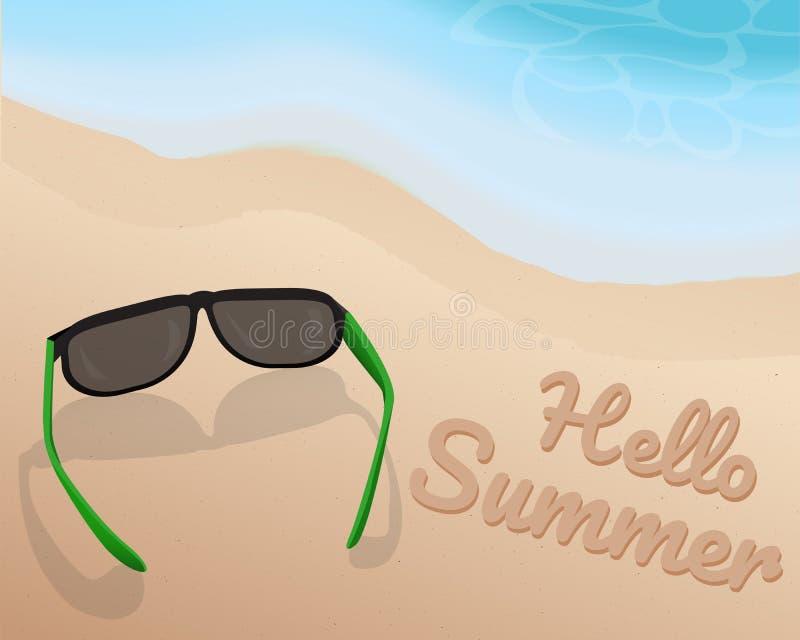 Solglasögon förlägger på sand på den härliga strand- och skuggningsblåttsignalen av våg- och handstilHello sommar på sanden illus stock illustrationer