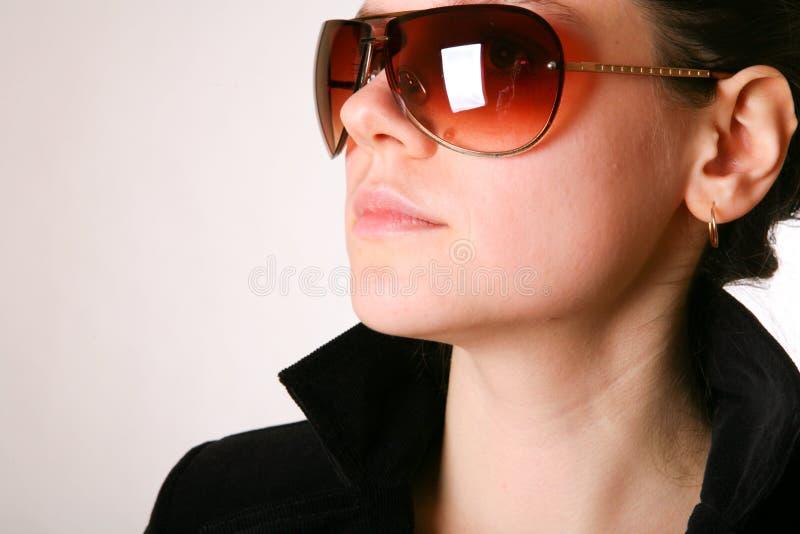 solglasögonkvinna arkivfoton