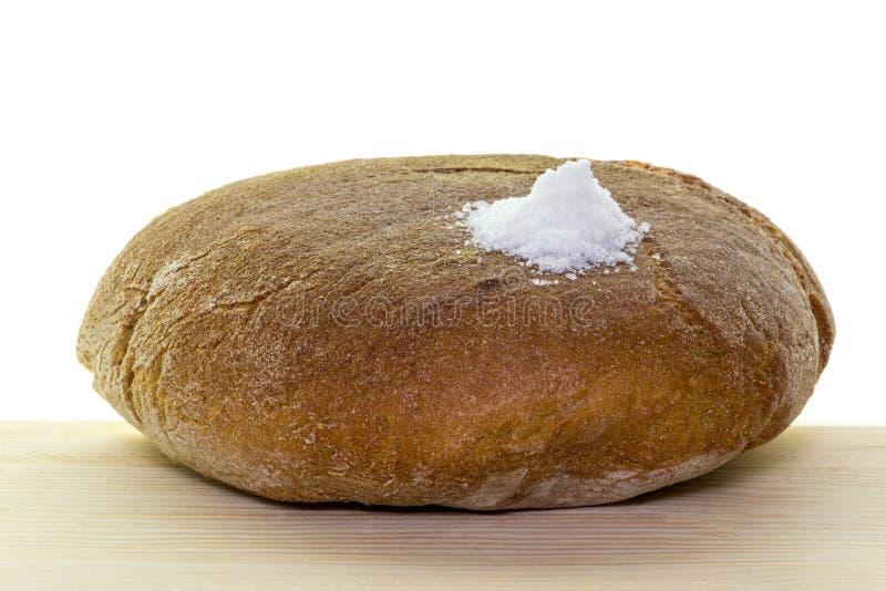 soli chlebowy powitanie Tradycyjny rytuał ofiary sól mile widziany gość i chleb obraz stock