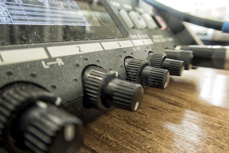 Solida anteckna direktörs konsol Solid kontrollant Avlägsen direktör arkivbilder