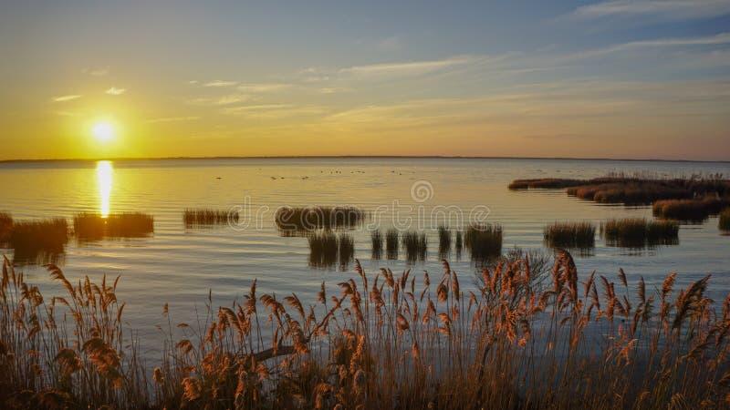 Solide äußere Banken NC Sonnenuntergang Currituck lizenzfreie stockfotos