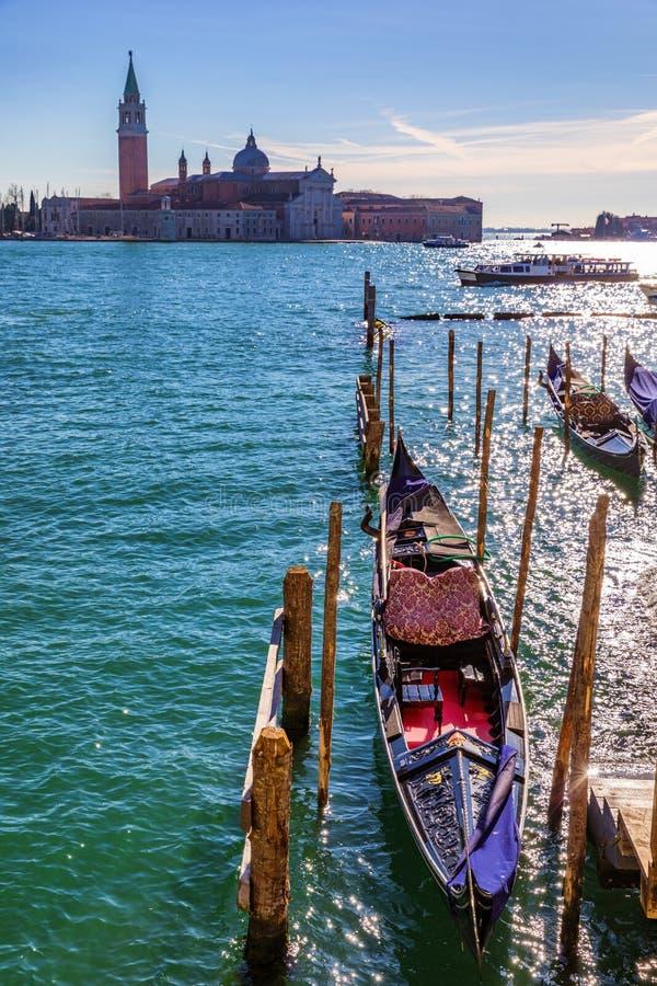 Solig dag i den San Marco fyrkanten, Venedig, Italien kanaltusen dollar venice Arkitektur och gränsmärken av Venedig Venedig vyko arkivfoto