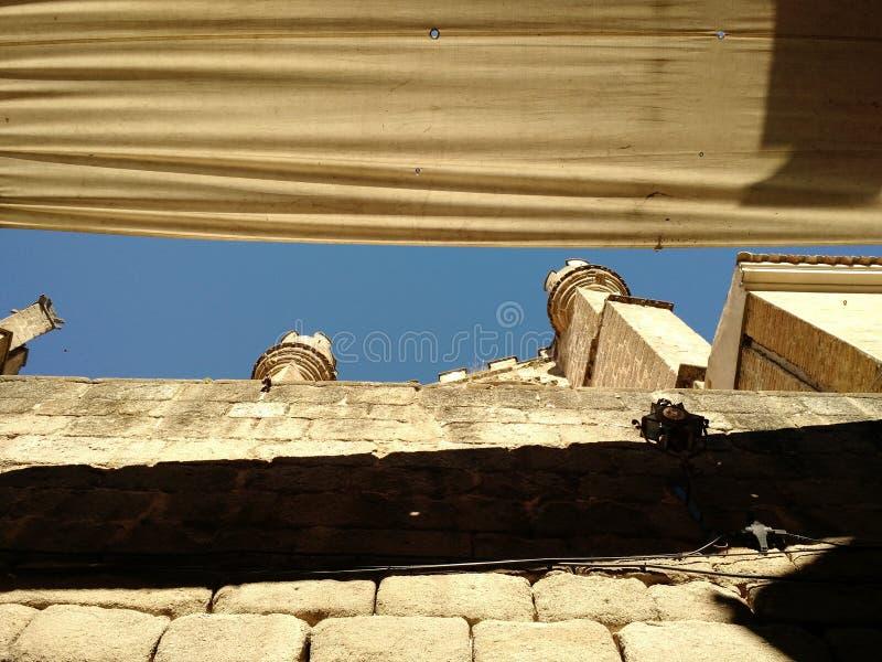 Solig dag i Toledo, Spanien royaltyfri bild